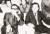 """제6대 대선일인 1967년 5월 3일 밤, 공화당사에서 개표 진행 상황을 지켜보는 박정희 대통령(왼쪽)과 김종필 당 의장. 초반부터 큰 표 차로 앞서가자 두 사람의 표정이 밝다. 이 자리에서 박 대통령은 기자들에게 '시소게임이 아니어서 기자들이 별 재미가 없겠다""""는 농담을 던졌다.[중앙포토]"""