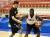 남북통일농구경기가 개최된 4일 오전 평양 류경 정주영체육관에서 남자 농구팀 선수들이 연습을 하고 있다. [뉴스1]