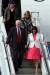 마이크 펜스 미국 부통령과 가족들이 16일 오후 경기도 오산 공군기지에 도착해 전용기에서 내려오고 있다. 김경록 기자