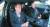 지난 2월 문재인 대통령이 수소 자율운행 차량에 탑승해 경부고속도로를 주행하고 있다. 청와대 사진기자단