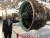 미 코네티컷주 하트퍼드의 P&W 본사내 항공엔진 박물관에 전시된 GTF 엔진에 대해 P&W 직원이 설명하고 있다. 하트퍼드=심재우 특파원