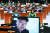 지난 4일 국회에서 열린 자유한국당 의원총회에서는 신재민 전 사무관의 폭로 동영상이 공개됐다. [뉴스1]