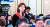 """김예령 경기방송 기자가 10일 열린 기자회견에서 문재인 대통령에게 '현 정책에 대한 자신감은 어디서 나오냐""""며 질문하고 있다. [JTBC 캡처]"""