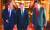 문재인 대통령(가운데)과 이낙연 국무총리(오른쪽), 노영민 비서실장이 22일 오전 청와대에서 열린 국무회의에 입장하고 있다. [청와대사진기자단]