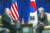 강경화 외교부장관과 마이크 폼페이오 미국 국무장관이 2차 북미 정상회담을 2주 앞둔 14일(현지시각) 폴란드 바르샤바에서 양자회담을 하고 있다. 2019.2.15/뉴스1