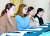 여자 컬링 국가대표 '팀킴(김초희, 김경애, 김선영, 김은정, 김영미)'이 지난해 11월 15일 서울 송파구 올림픽파크텔 멜버른호에서 기자회견을 경북여자컬링 지도부에 대한 입장을 밝히고 있다. [중앙포토]