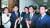 바른미래당 이혜훈·오신환·유의동·유승민 의원(왼쪽부터)이 같은 날 오후 국회 의사과에서 오신환 사개특위 위원의 사보임 신청서 제출을 막기 위해 모여 있다. [김경록 기자]