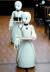일손 부족에 대응하기 위해 일본 기업이 개발한 로봇들. 지난해 11월 오리랩이 개발한 로봇 '오리하임 D'가 도쿄의 한 카페에서 서빙하고 있다. [로이터=연합뉴스]