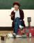 저글링 퍼포머 함서율씨가 지난 9일 경기도 구리 연습실에서 저글링 시범을 보이고 있다. 변선구 기자