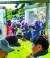 회사 법인분할에 반대하는 현대중공업 노조원들이 27일 울산 현대중공업 본관 진입을 시도하며 사측 직원들에게 계란을 던지고 있다. 양측의 충돌로 본관 출입문 유리가 깨져있다. [연합뉴스]