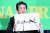 자민당 총재인 아베 신조 총리가 3일 일본기자클럽 토론회에 참석해 참의원선거(21일) 슬로건인 '정치의 안정'을 강조하고 있다. 한국에 대한 '경제보복' 조치가 발효되는 오늘(4일)은 일본 여당이 필승을 목표로 선거운동을 시작하는 참의원 선거 공시일이기도 하다. [EPA=연합뉴스]