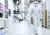 """삼성전자 경기도 화성사업장 반도체 15라인의 내부 전경. 회사 측은 '당장 공장은 서지 않는다""""고 설명했다. [사진 삼성전자]"""