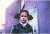 """카말라 해리스 상원의원이 27일 민주당 첫 TV 경선 토론에서 바이든 전 부통령의 스쿨버스 통합 반대 전력을 비판한 뒤 """"그 시절 버스로 등교하던 작은 어린 소녀가 나""""라며 공개한 사진.[카말라 해리스 트위터]"""
