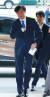 신임 법무부 장관에 내정된 조국 전 청와대 민정수석이 9일 오후 서울 종로구 적선동 현대빌딩에 마련된 인사청문회 준비 사무실로 첫 출근하고 있다. [연합뉴스]