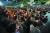 지난달 28일 오후 서울 관악구 서울대학교에서 총학생회 주최로 열린 '제2차 조국 교수 STOP! 서울대인 촛불집회'에서 대학생들이 조국 법무부 장관 후보자의 사퇴를 촉구하고 있다. [연합뉴스]