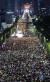 28일 오후 서울 서초구 대검찰청 앞에서 열린 검찰개혁·사법적폐 청산 집회에서 사법적폐청산 범국민시민연대 등 참가자들이 누에머리다리에서 서초역사거리까지 촛불을 들고 검찰 개혁과 공수처 설치를 촉구하고 있다. [뉴스1]