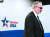 한·미 방위비 분담금 3차 회의 미국 측 수석대표인 제임스 드하트 국무부 선임보좌관이 19일 서울 남영동 미국 대사관 공보과에서 협상 결과를 브리핑하기 위해 단상으로 나서고 있다. [연합뉴스]