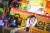 올여름 900만 흥행에 성공한 영화 '엑시트'의 주연 배우 조정석이 유독가스 재난을 피해 외줄타는 모습을 촬영하고 있다. [사진 CJ엔터테인먼트]
