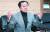 김기현 전 울산시장은 중앙일보와의 인터뷰에서 자신의 측근 비리 수사와 관련, 지방선거 개입을 위한 청와대의 하명에 따른 것이라고 했다. 송봉근 기자