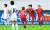 2017년 평양에서 열린 북한과의 경기에서 동점골을 터트린 장슬기(오른쪽). [중앙포토]