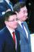 이낙연 국무총리(오른쪽)와 황교안 자유한국당 대표가 지난 3일 서울 코엑스에서 열린 경제계 신년인사회에 참석하고 있다. 황 대표는 이날 장외집회에서 수도권 험지 출마를 선언했다. [뉴시스]