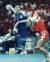 2004년 아테네올림픽 여자 핸드볼 덴마크와 결승전에서 점프슛을 시도하는 임오경(왼쪽). 영화로도 만들어져 널리 알려진 당시 활약으로 '영원한 캡틴'이라는 별명을 얻었다. [중앙포토]