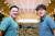 서울 을지로입구의 패스트파이브 시청점 라운지. 왼쪽이 김대일 대표, 오른쪽이 박지웅 이사회 의장이다. 라운지 한쪽에는 우유와 시리얼, 수제 맥주 등을 무료로 주는 바가 있다. 최정동 기자
