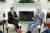 미국 현대 공화당의 강경 보수주의 원류로 통하는 배리 골드워터 애리조나주 연방상원의원(오른쪽)이 1984년 백악관에서 당시 로널드 레이전 대통령을 만나고 있다. [위키피디아]