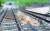 충북 충주시 삼탄역 인근 충북선 철도 지반이 최근 내린 집중호우로 무너져내려 철로가 허공에 떠 있다. [사진 코레일]