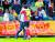 지난해 6월 U-20월드컵 8강전 세네갈전에서 승리 후 정정용 감독이 이강인과 포옹을 나누고 있다. [연합뉴스]