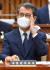 이흥구 대법관 후보자가 2일 국회에서 열린 임명동의안 심사를 위한 인사청문회에서 안경을 고쳐쓰고 있다. [뉴스1]