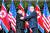 2018년 6월 12일 싱가포르에서 열린 북미정상회담서 악수하는 트럼프 미국 대통령과 김정은 북한 국무위원장. [연합뉴스]