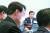 문재인 대통령이 지난 6월22일 오후 청와대에서 열린 제6차 공정사회 반부패정책협의회에서 윤석열 검찰총장을 쳐다보며 발언하고 있다. [연합뉴스]