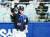 두산 4번 타자 김재환이 5회 초 무사 만루에서 2타점 적시타를 친 뒤 검지 세리머니를 하고 있다. 5타수 3안타 3타점을 올린 김재환은 2차전 데일리 MVP로 선정됐다. [뉴스1]