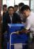 지난해 8월 27일 오후 경남 양산시 부산대 의학전문대학원에서 압수수색을 마친 검찰이 상자를 옮기고 있다. [연합뉴스]
