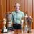 기억에 남는 우승 트로피와 함께 한 김효주. 그는 2014년 LPGA 에비앙 챔피언십 등 국내외 17개 대회에서 우승했다. [사진 JTBC골프매거진]
