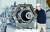 국내 최초 고체연료와 액체연료의 장점을 모두 합친 하이브리드 우주로켓을 개발하는 민간기업 이노스페이스 김수종 대표가 충남 금산군 로켓엔진 성 능시험장에서 추력 5톤급 하리브리드 로켓엔진을 선보이고 있다. 프리랜서 김성태