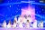 그룹 아이즈원이 6일 오후 경기 파주 콘텐츠월드에서 비대면으로 열린 2020 엠넷 아시안 뮤직 어워즈(MAMA)에서 멋진 무대를 선보이고 있다.[사진 CJ ENM]