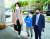 임혜숙 과학기술정보통신부 장관 후보자가 3일 오전 서울 광화문우체국에 마련된 청문회 준비 사무실로 출근하고 있다. [뉴스1]