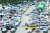 차량용 반도체 수급난이 중고차 시장에도 영향을 미치고 있다. AJ셀카에 따르면 5월 중고차 시세는 전월 대비 6% 넘게 올랐다. 13일 서울 성동구 장안평 중고차 매매시장 모습. [뉴스1]
