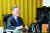 더불어민주당 대권주자인 이재명 경기지사가 16일 오후 열린 온라인 2차 기자간담회에서 발언하고 있다.연합뉴스