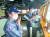 신종 코로나바이러스 감염증(코로나19) 집단감염이 발생한 청해부대 34진 전원을 국내로 이송하기 위해 출국한 특수임무단이 21일 문무대왕함 출항 전 팀워크 훈련 및 장비 점검을 하고 있다. [연합뉴스]