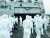 코로나19 집단 감염이 발생한 청해부대 34진을 국내로 이송하기 위해 출국한 특수임무단이 지난 19일(현지시간) 아프리카 해역에서 문무대왕함에 승선해 방역작업을 준비하고 있다. [뉴스1]