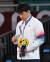 26일 일본 도쿄 지요다구 무도관에서 열린 도쿄올림픽 유도 남자 73kg급 시상식에서 안창림이 동메달을 받고 있다. 도쿄 = 올림픽사진공동취재단