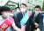 서울 응암역에서 국민의힘 당원 가입을 독려한 윤석열 전 총장. [국회사진기자단]