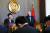 지난 16일 이집트 카이로에서 기자회견을 하는 모테기 도시미쓰 일본 외무상(왼쪽)과 샤메 슈크리 이집트 외교장관. [로이터=연합뉴스]