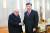키신저는 미국의 핑퐁외교의 물꼬도 텄다. 2018년 시진핑 중국 국가주석을 만나는 모습. AP=연합뉴스