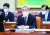 고승범 금융위원장 후보자가 지난 27일 인사청문회에 출석해 질의에 답하고 있다. 뉴스1