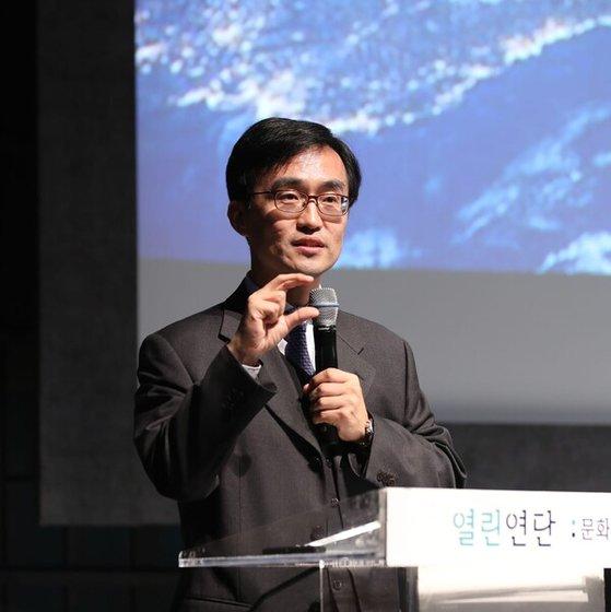 한국과학기술원 정용훈 교수. 정용훈 교수 페이스북