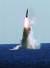 한국이 독자 개발한 잠수함발사탄도미사일(SLBM)이 15일 도산안창호함(3000t급·아래 사진)에 탑재돼 발사되고 있다. 이날 실험은 국방과학연구소(ADD) 종합시험장에서 문재인 대통령 등 이 참석한 가운데 이뤄졌다. 한국은 세계 7번째 SLBM 운용국이 됐다. [사진 국방부]